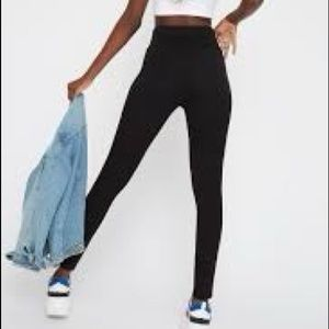Kendal & Kylie highwaist Black leggings